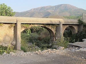 Español: Acueducto de la Rambla de Bonaya en L...