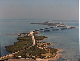 Aerial photographs of Florida MM00034361x (7369661790).jpg