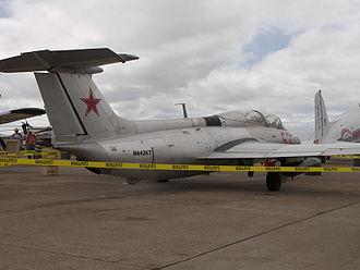 Aero L-29 Delfín - A private L-29 Delfin at the 2006 Miramar Air Show.