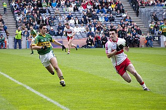 Eoin Bradley - Bradley (right) in action against Kerry's Aidan O'Mahony in the 2009 National League final