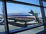 Airport architecture (3485789973).jpg