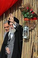 Ali Khamenei in Rahian-e Noor05.jpg