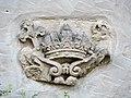 Altenburg Relief Krone 9283918.jpg