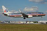 American Airlines Boeing 737-800 N898NN (16238456629).jpg