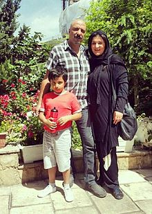 Amir Jafari with his family.jpg