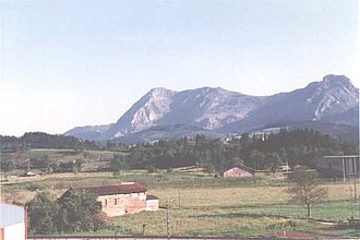 Anboto - View of the crest of the Anboto from the north.