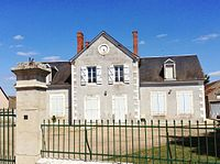 Ancienne mairie de Saint-Loup-des-Chaumes.JPG