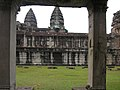 Angkor-112200.jpg