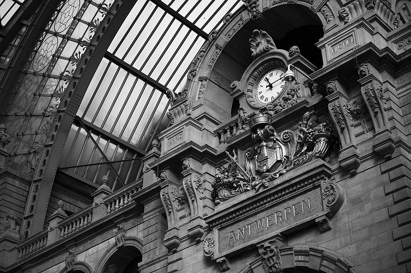 Datei:Antwerp Central Station full size.jpg