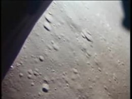 Ficheiro:Apollo 15 landing on the Moon.ogv