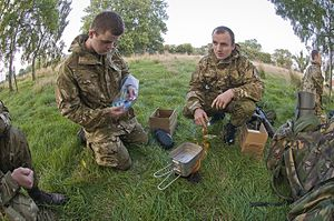 Hexamine stove - Army Reserve recruits in the UK learning to cook with hexamine stoves