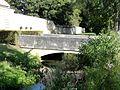 Asnières-sur-Oise (95), abbaye de Royaumont, entrée des visiteurs - pont.JPG