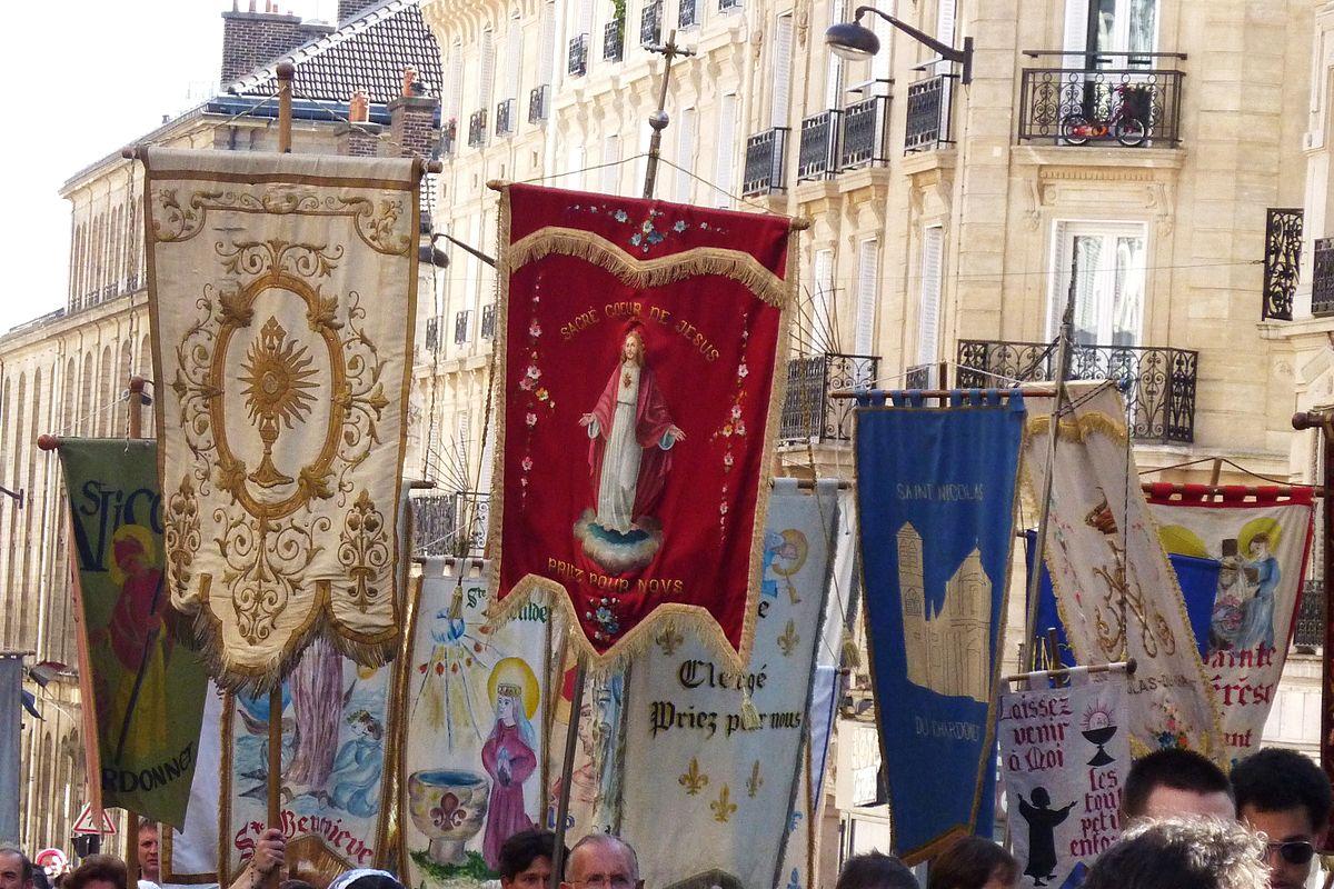 Amante Bannière de procession — Wikipédia @JB_96
