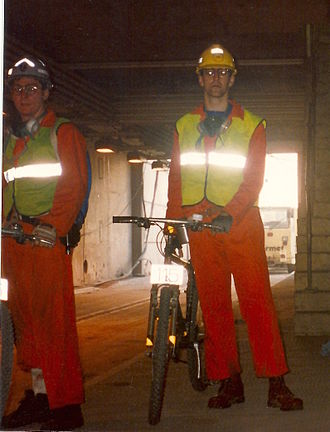 Cycling in the Channel Tunnel - Michalski and Turner at UK portal with the same UK Site Construction Saracen Saharas
