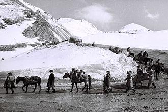 Battle of Kalbajar - Azerbaijani refugees from Kalbajar
