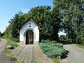 Badem Kapelle auf einem Feldweg in Richtung Erdorf.JPG