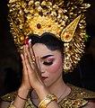 Balinese bride praying.jpg
