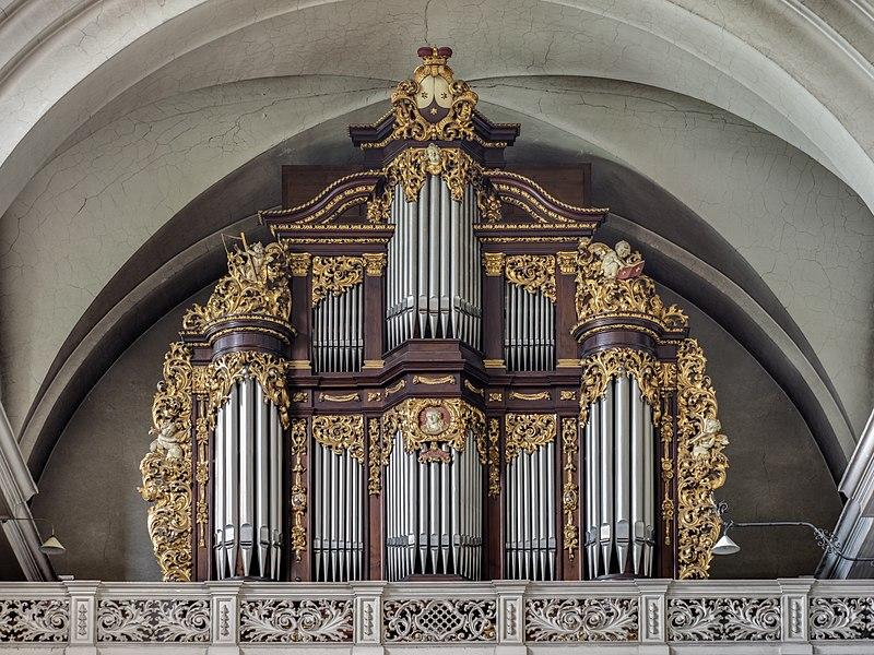 Datei:Bamberg Karmlitenkirche Orgel 927454746hdr.jpg