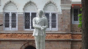 Bapu Museum, Vijayawada - queen victoria statue at bapu museum