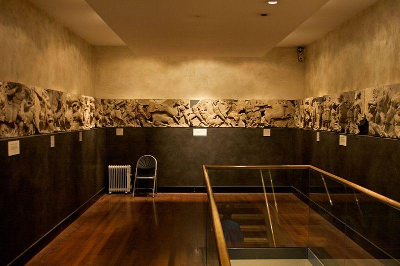 File:Bassae Frieze on display at the British Museum 1.jpg