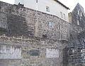 Bayreuth Wagner-Opern 01, Reliefplastiken, Emil Hipp, Stadtmauer, Hohenzollernring, 10.03.05.jpg