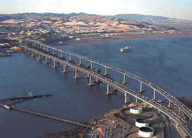 Image illustrative de l'article Benicia-Martinez Bridge