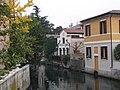 Birreria sul canale - panoramio.jpg