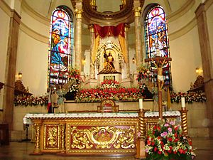 Quiapo Church - High Altar of the church, with the Black Nazarene enshrined above it.