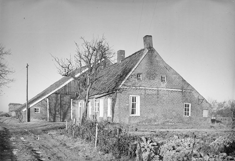 File:Boerderij vanuit het zuid-oosten - Hoorn - 20116756 - RCE.jpg