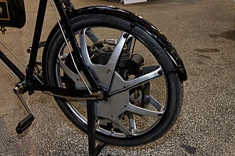 Singer Motors - Singer bicycle with motorwheel