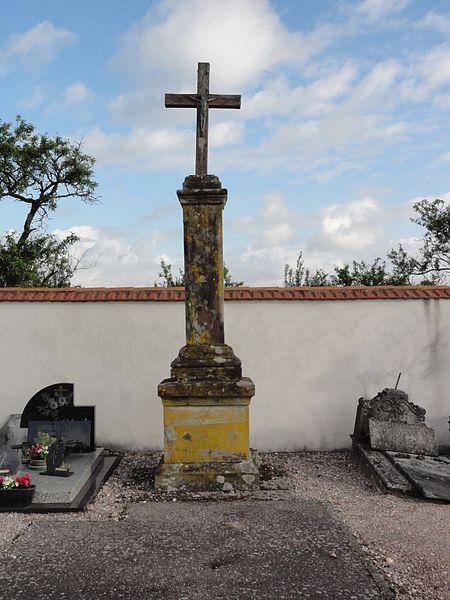 Bonviller (M-et-M) croix de cimetière