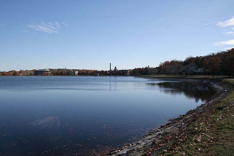 File:Boston Chestnut Hill Reservoir 2.JPG