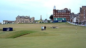 Old Course at St Andrews - The 18th hole towards the clubhouse of the R&A in 2006.