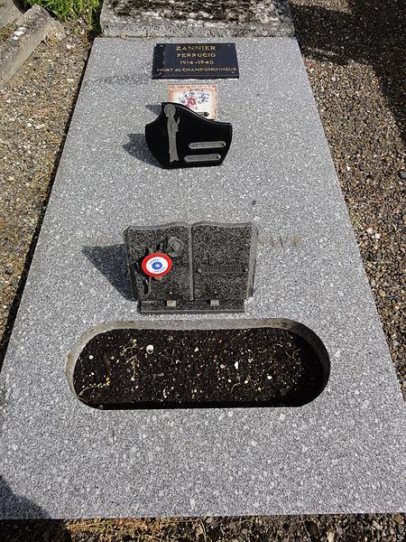 Brissy-Hamégicourt (Aisne) cimetière d'Hamégicourt, tombe soldat 1940