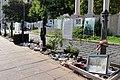 Budapest - A német megszállás áldozatainak emlékműve (37766908164).jpg