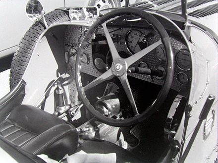 Bugatti Type 51 Pit With Wilson Preselector Gearbox