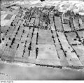 Bundesarchiv Bild 195-1104, Rheinbefliegung, Baerl - Orsoy.jpg