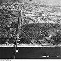 Bundesarchiv Bild 195-2230, Rheinbefliegung, Neuenburg.jpg