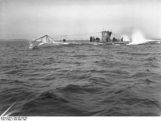 German submarine U-45 - Image: Bundesarchiv Bild 200 Ub 0109, U 45 auf Meilenfahrt