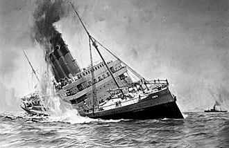"Sinking of the RMS Lusitania - Image: Bundesarchiv DVM 10 Bild 23 61 17, Untergang der ""Lusitania"""