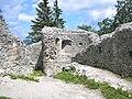 Burg Hohenfreyberg Nordostturm.jpg