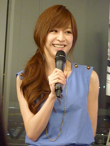 Cyndi Wang di Apple Store, Hong Kong 2011