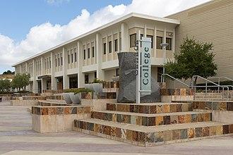 Cañada College - Image: Cañada College, June 2017 03