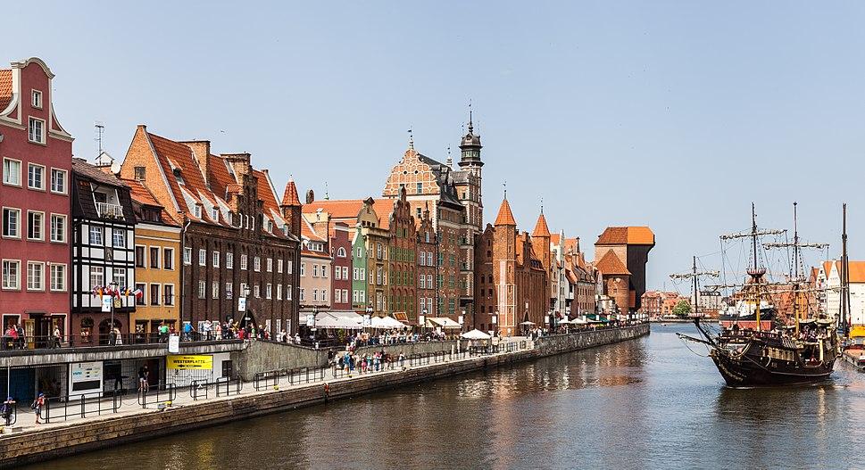 Calle Dlugie Pobrzeze, Gdansk, Polonia, 2013-05-20, DD 06
