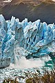 Calving of Perito Moreno (40653762392).jpg