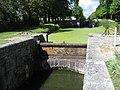 Canal d'Orléans, écluse du Milieu-de-Grignon and écluse du Gué des Cens. Vieilles-Maisons-sur-Joudry, département du Loiret, France. - panoramio (1).jpg