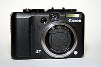 Front view of PowerShot G7