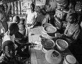 Cantine. Pêche traditionnelle à Tonghor, Yoff village, Dakar, Sénégal.jpg