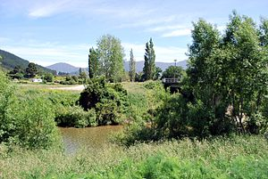 Wakamarina River - Image: Canvastown Wakamarina River