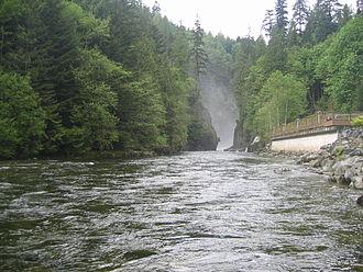 North Vancouver (district municipality) - The Capilano River.